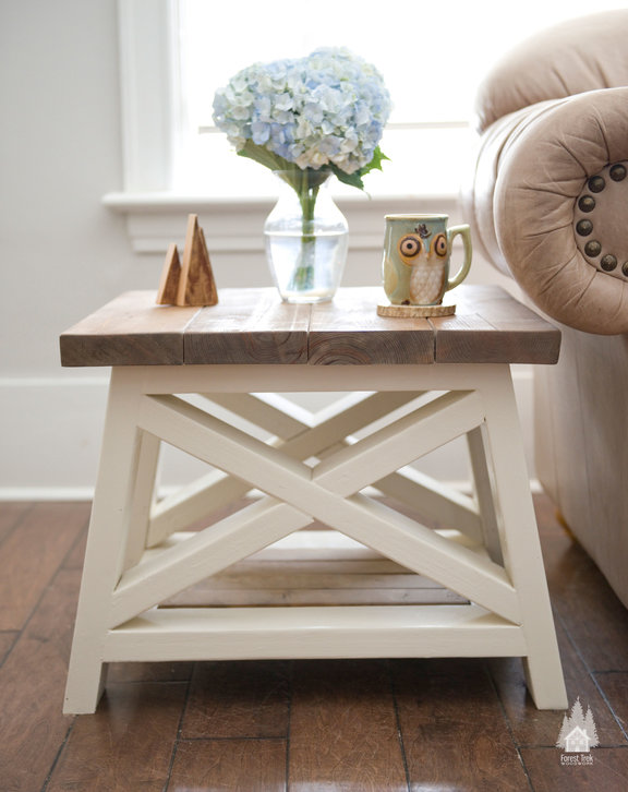 AX Side Table